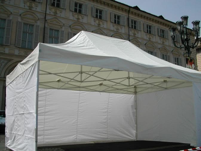 Noleggio gazebo e coperture per eventi a milano
