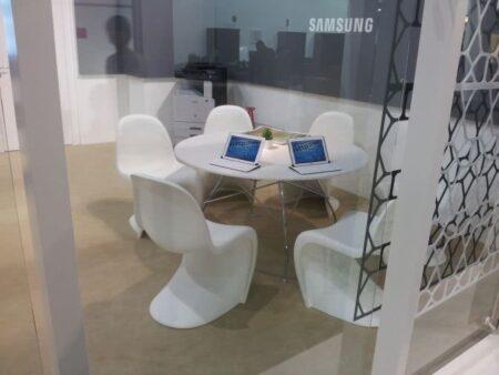 Noleggio sedia Panton Chair di Vitra per eventi - NoleggioDesign