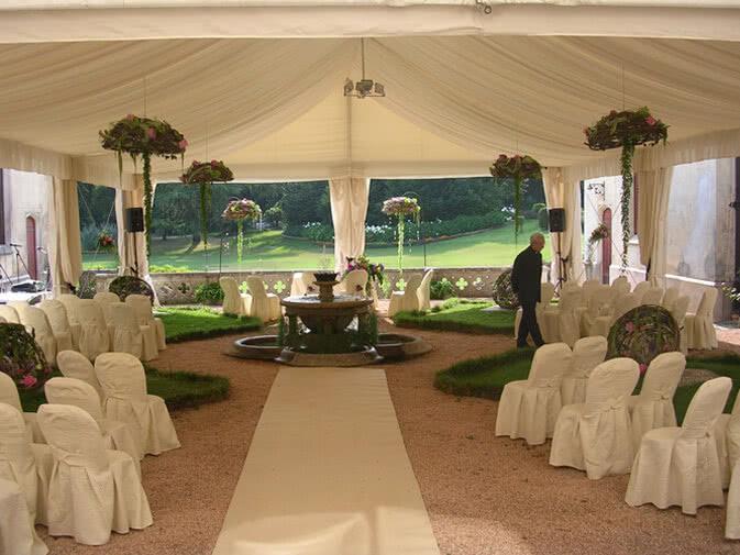 Noleggio sedia vestita per matrimoni ed eventi noleggio for Sedie vestite