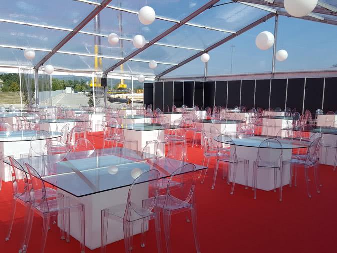 noleggio tavoli e sedie per eventi - noleggiodesign