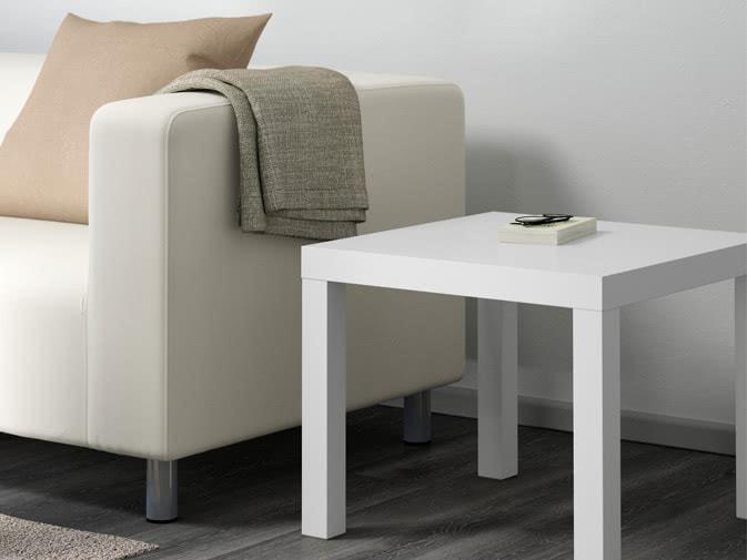 Tavolini In Legno Bianco : Noleggio tavolino bianco quadrato in legno per eventi noleggiodesign