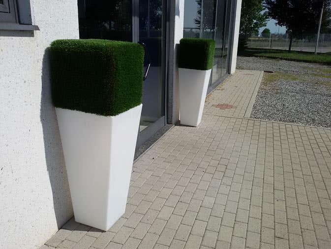 Noleggio vaso y pot light luminoso di slide per eventi for Vasi erba