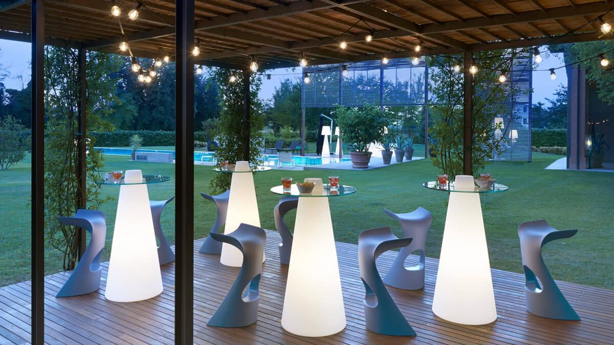 Tavoli Alti Per Esterno.Rent Furniture For Outdoor Events Browse The Gallery