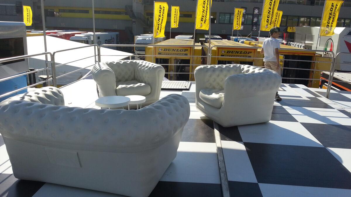slider-fiere-expo-noleggio-divano-poltrone-gonfiabili-esposizione